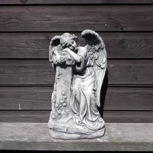 Engel staand
