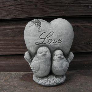 Love steen